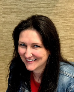 Amy Erenius headshot