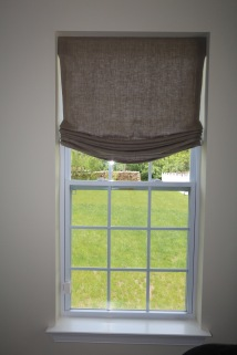 Relaxed Roman Valance